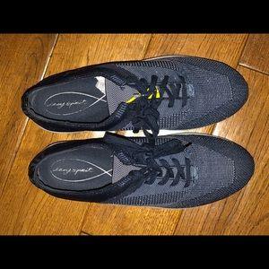 Easy Spirit Blue sneaker size 10 1/2